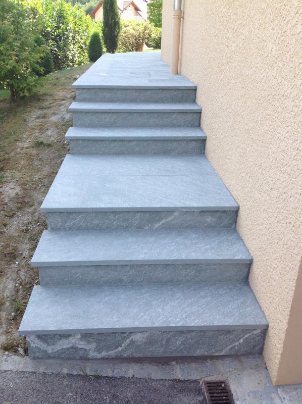Grand choix de mat riaux toutes gammes pour int rieur et for Pierre pour marche escalier exterieur